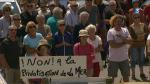 © France 3 BretagnePrès de 300 personnes étaient réunies dimanche pour protester contre un projet aquacole près de Moëlan-sur-Mer