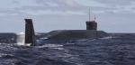 Illustration : un sous-marin nucléaire russe en manoeuvre, en juillet 2009, près d'Arkhangelsk en Russie (Alexander Zemlianichenko/AP/SIPA)